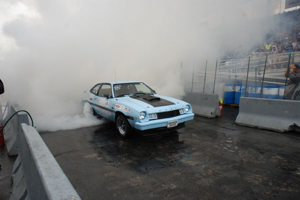 ford-nationals-burnout.jpg