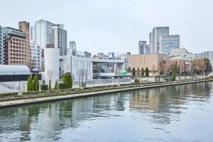 大阪‧「童書森林 中之島」建築大師安藤忠雄獻給家鄉的兒童圖書館