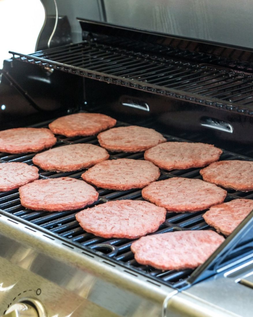 How Long To Grill Frozen Burgers On Gas Grill