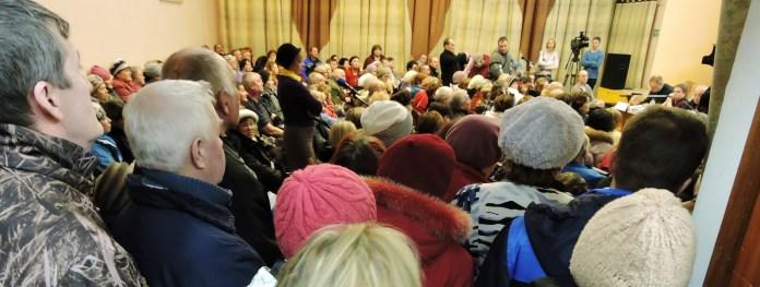 Народный сход собрал многих горожан. Фото: Алексей Владимиров