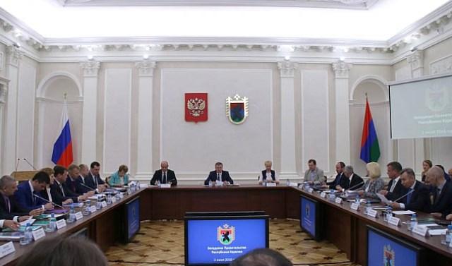 В чиновничьих отчетах все выглядело на отлично. Фото: gov.karelia.ru