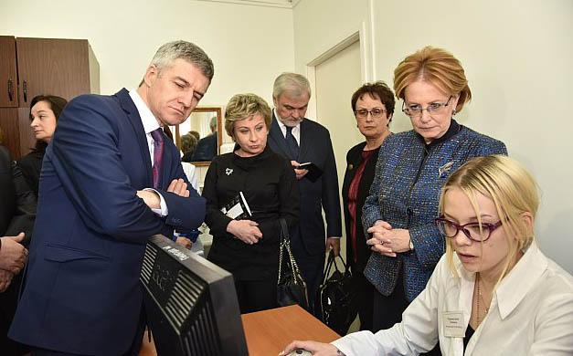 Глава Минздрава России познакомилась с деятельностью медучреждений Карелии. Фото: gov.karelia.ru