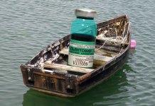 "Зеленка как главный аргумент против тех, кто ""раскачивает лодку"". Коллаж: Черника"