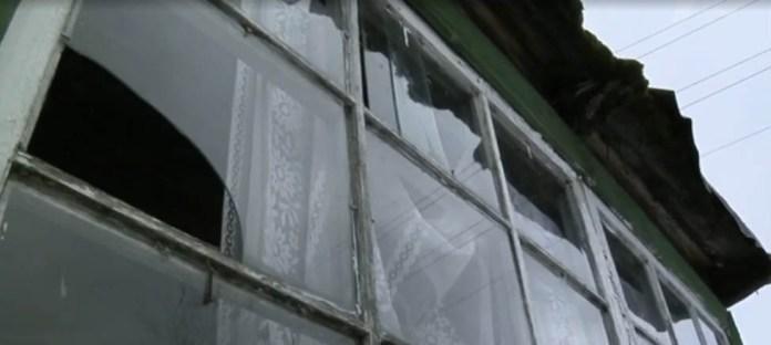 В этом доме живет многодетная семья Сулейко. Фрагмент шоу Первого канала