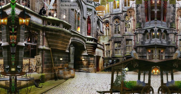 "Australia's Largest Harry Potter Store Is Opening On 18 Oct With Platform 9¾ For ""Back-To-School"" Photos"