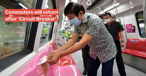 Safe Distancing Stickers Removed On MRTs From 2 Jun, All Commuters Must Mask Up