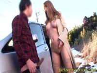 ハーフ系セクシー女優のティアが野外露出で男を誘惑してセックスしてるキョニュ動画(無料