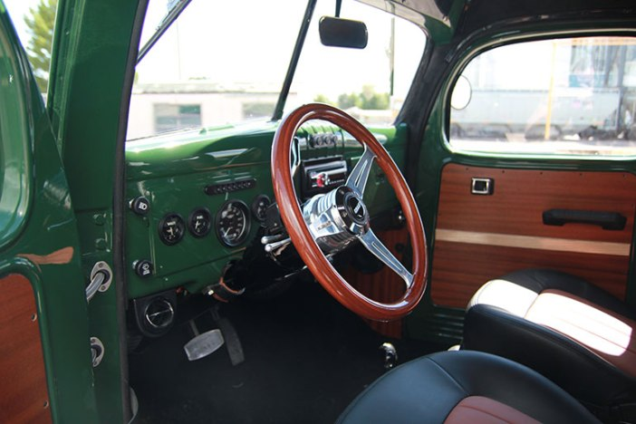 legacy-carryall-interior-front-2