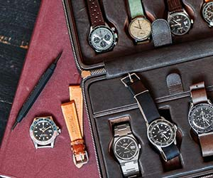 Hodinkee Leather Watch Case | The Best Men's Stocking Stuffers