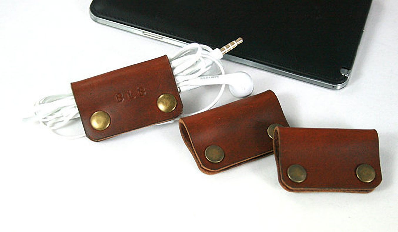 Engraved Leather Earphone Organizer