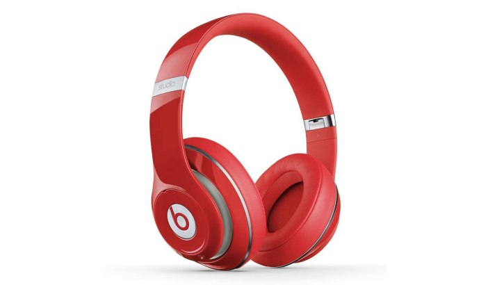 beats-wireless-studio-headphones-01