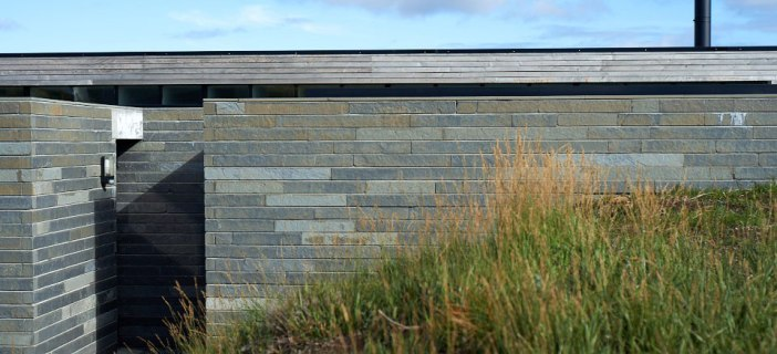 The-Cliff-House-By-Dualchas-Architects-02