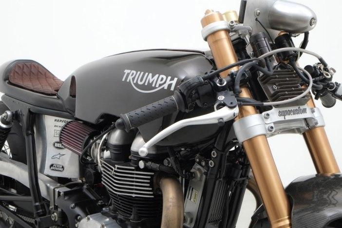 triumph-salt-racer-02