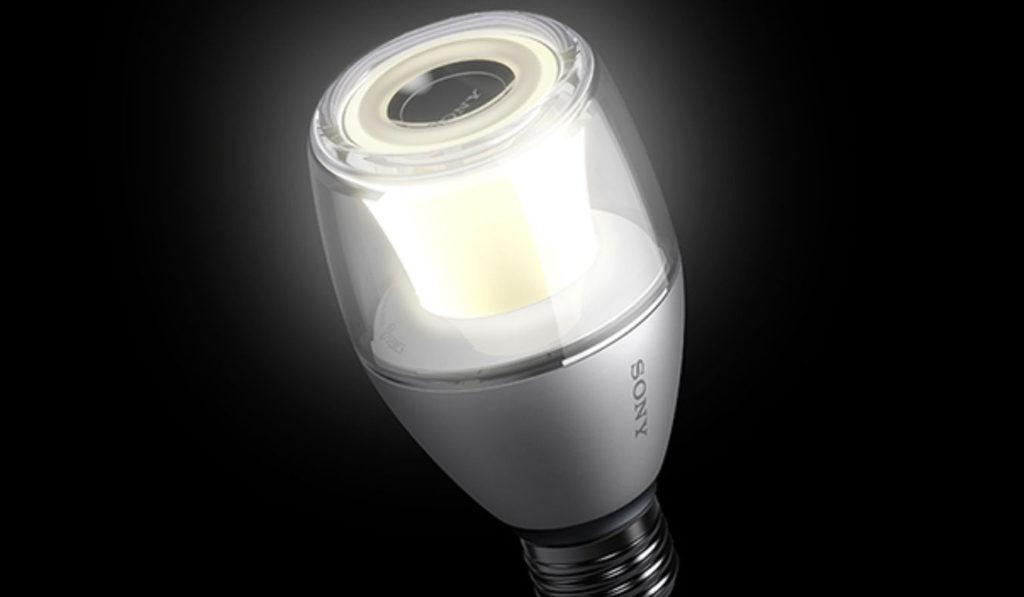 Sony-LED-light-bulb-speaker-LSPX-100E26J-01