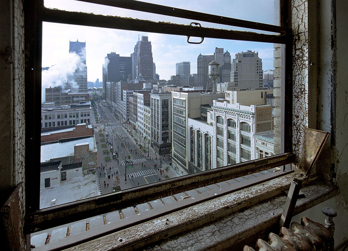 the-ruins-of-detroit-04a
