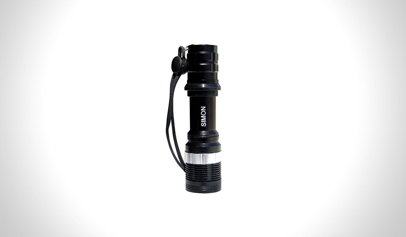the-simon-high-power-flashlight-t6-pro-01