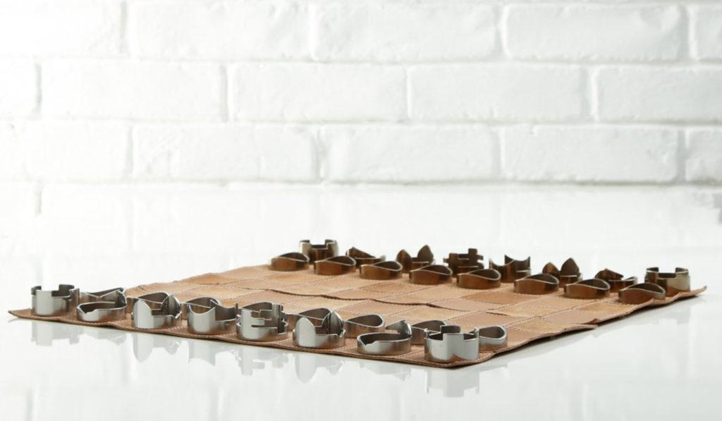 Raw-Studio-Chess-Set-02