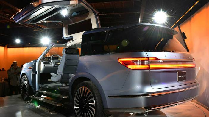 Lincoln-Navigator-SUV-Concept-3