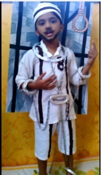 How to dress up a child as Bhagat Singh
