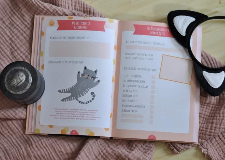 Spannende Funfacts, witzige Tests, DIY-Ideen und Trackingseiten zu Themen wie Gesundheit und Fütterung des Stubentigers machen dieses besondere Freundebuch zu einem abwechslungsreichen Mix.  #eintragbuch #katze #freundebuch #samtpfote #stubentiger #tagebuch
