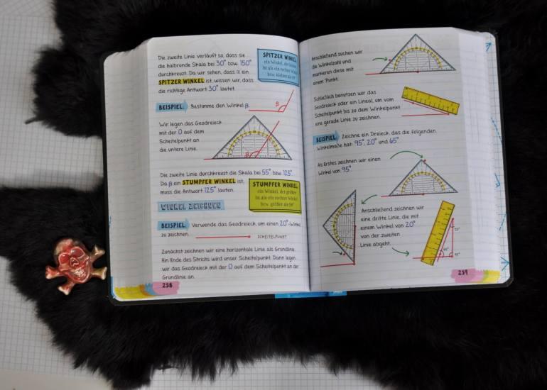 Mathestof der 5. bis zur 9. Klasse: Die ungewöhnliche Gestaltung mit Scribbles und Cartoons sowie witzigen Kommentaren sorgen für Auflockerung. Nach jedem Kapitel folgt ein Wissensquiz, Multiple-Choice-Test oder ein Lückentext zur Lernkontrolle. #mathe #lernen #hausaufgaben #buch #schule #mittelstufe #üben #test