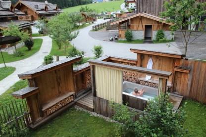 Outdoorbadewanne, Holzlebn Chalets, Großarl