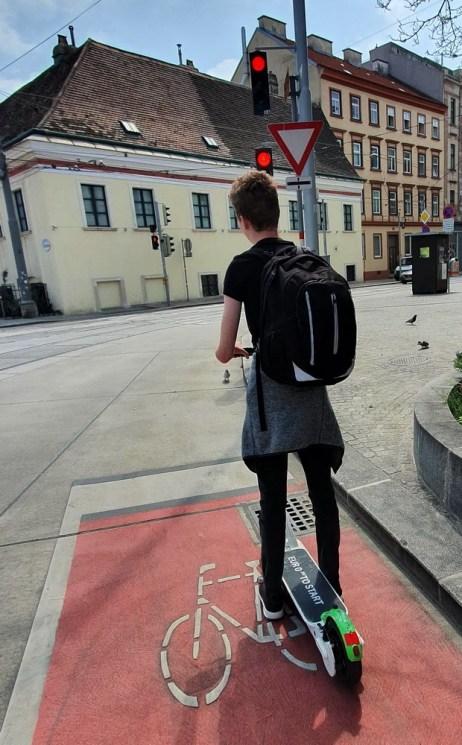 Wien mit Teenager: E-Scooter fahren