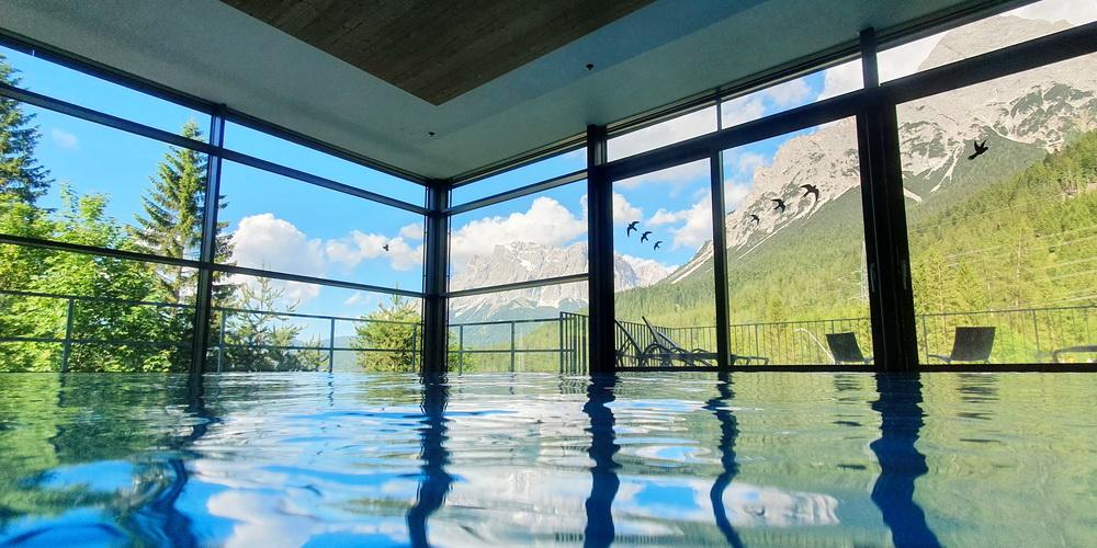MyTirol: Auszeit in den Bergen - Pool