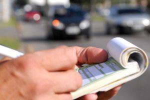 Mapfre: Aparcar mal y exceso de velocidad, mayores multas del verano