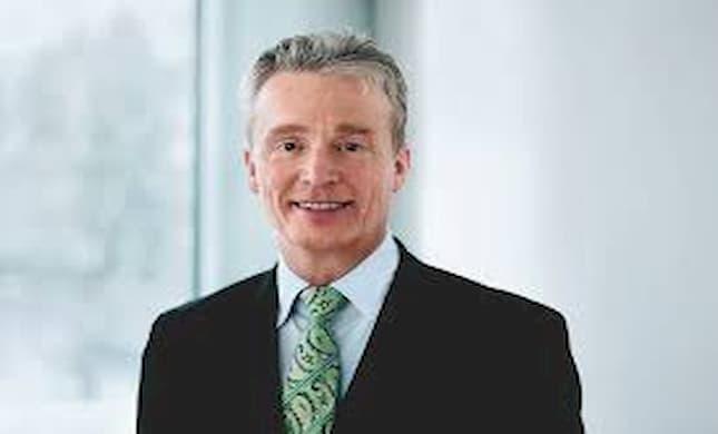 Axa anuncia fallecimiento Stefan Lippe director Comité Auditoría