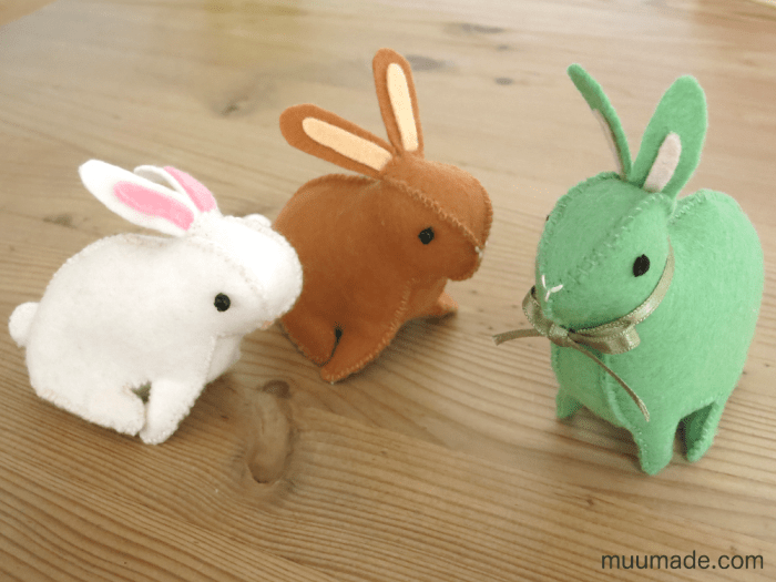 Three felt bunnies - shape modifications at a glance