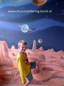 muurschildering planeten