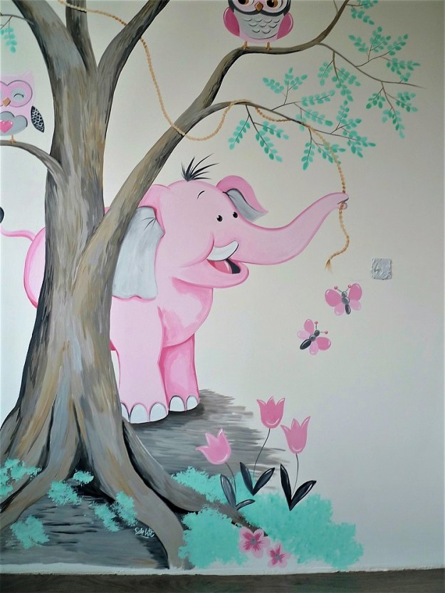 babykamer olifantje