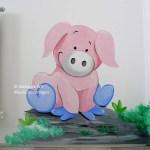 muurschildering varkentje kinderkamer
