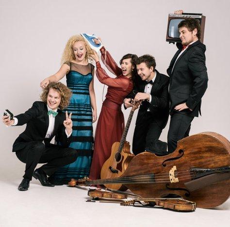 Curly Strings ja Mari Jürjens