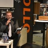 """Mart Sander esitles raamatut """"Kõhedad muinaslood"""" (foto: 8/18)"""