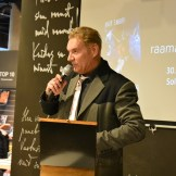 """Mart Sander esitles raamatut """"Kõhedad muinaslood"""" (foto: 10/18)"""