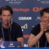 Victor Crone ja Stig Rästa Eurovisiooni pressikonverentsil