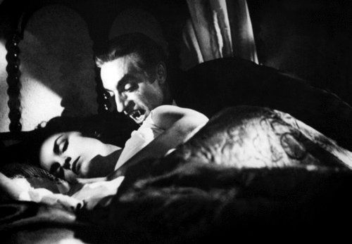 Dracula [Chris Lee] Carrying Female