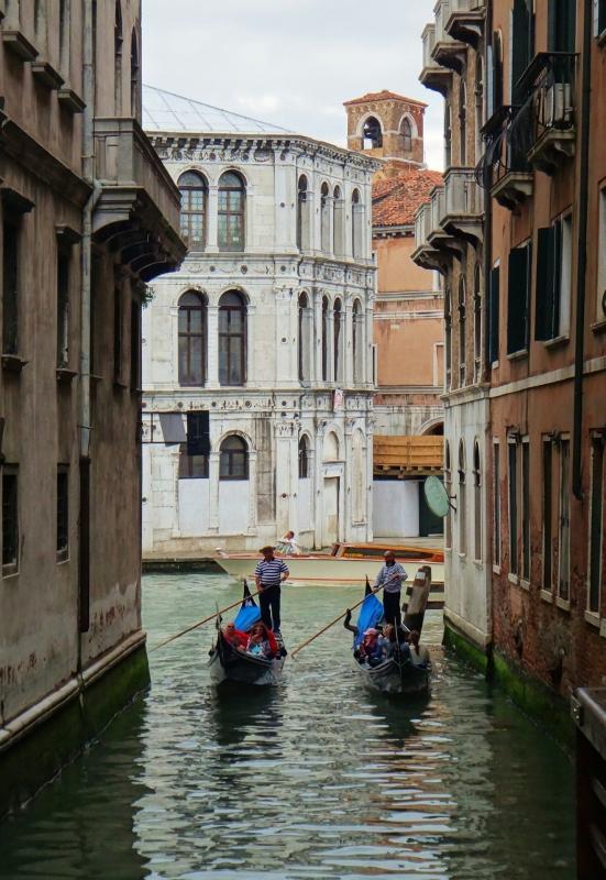 Venetsian kanaaleja