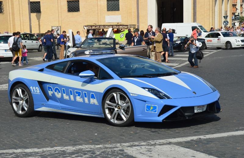 Poliisiauto Italiassa