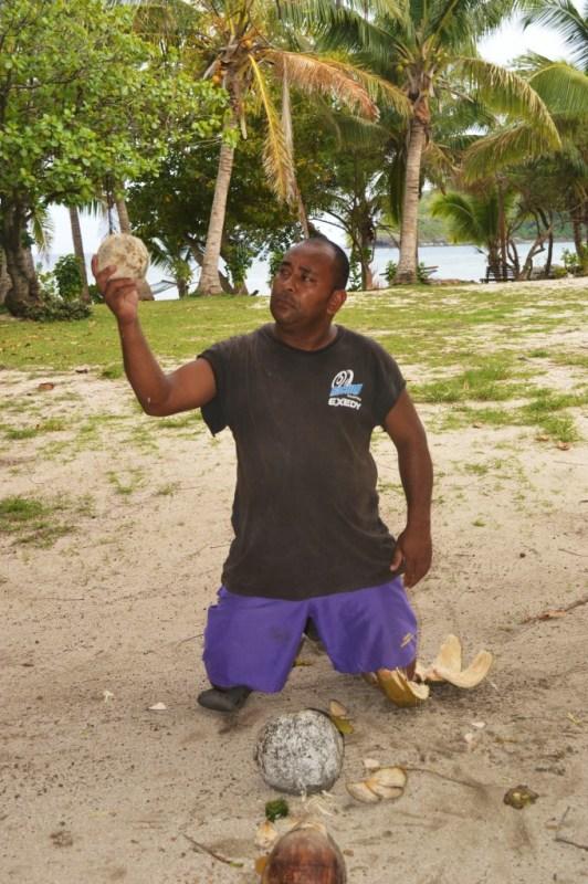 Bio, Barefoot island, Fiji
