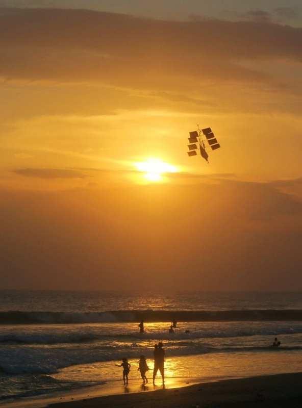Kuta Beach auringonlasku