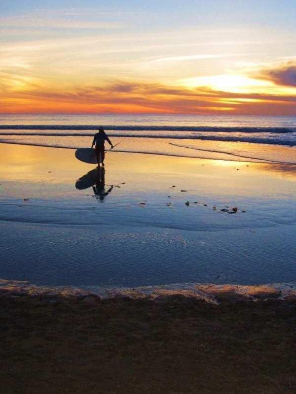 auringonlasku Kuta Beachillä