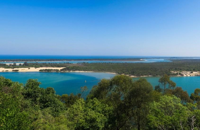 Australialaisia järvimaisemia Lakes Entrancessa