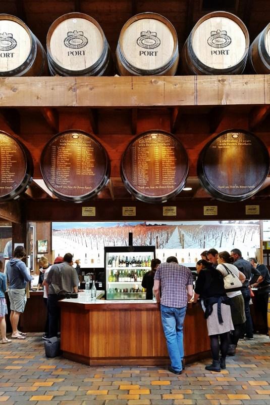 Brown Brothersin viinitilalla Australiassa