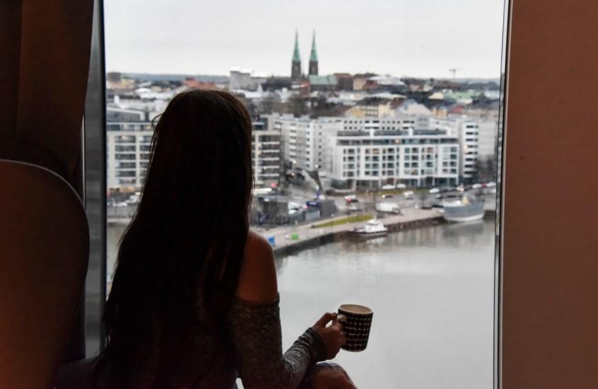Kotiinpaluun kulttuurishokki – Kun Suomi ahdistaa