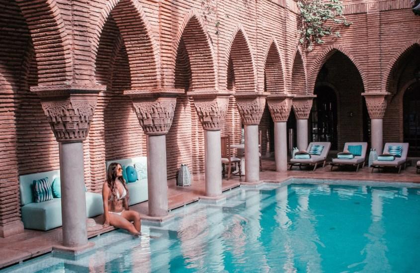 Kaupunkiopas Marrakeshiin: Mitä nähdä, tehdä ja välttää