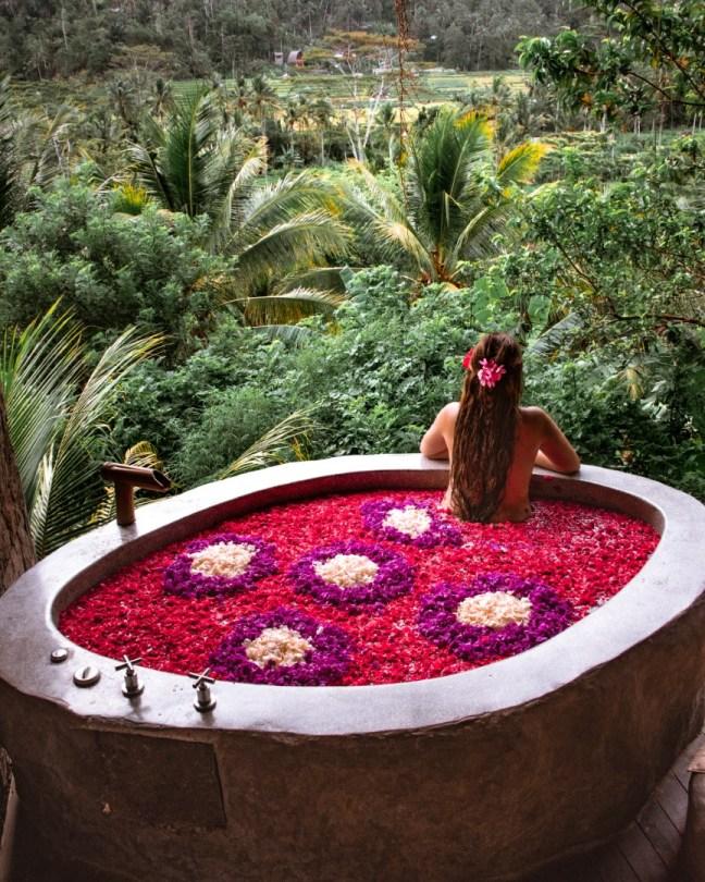 Bali | Kukkakylpy