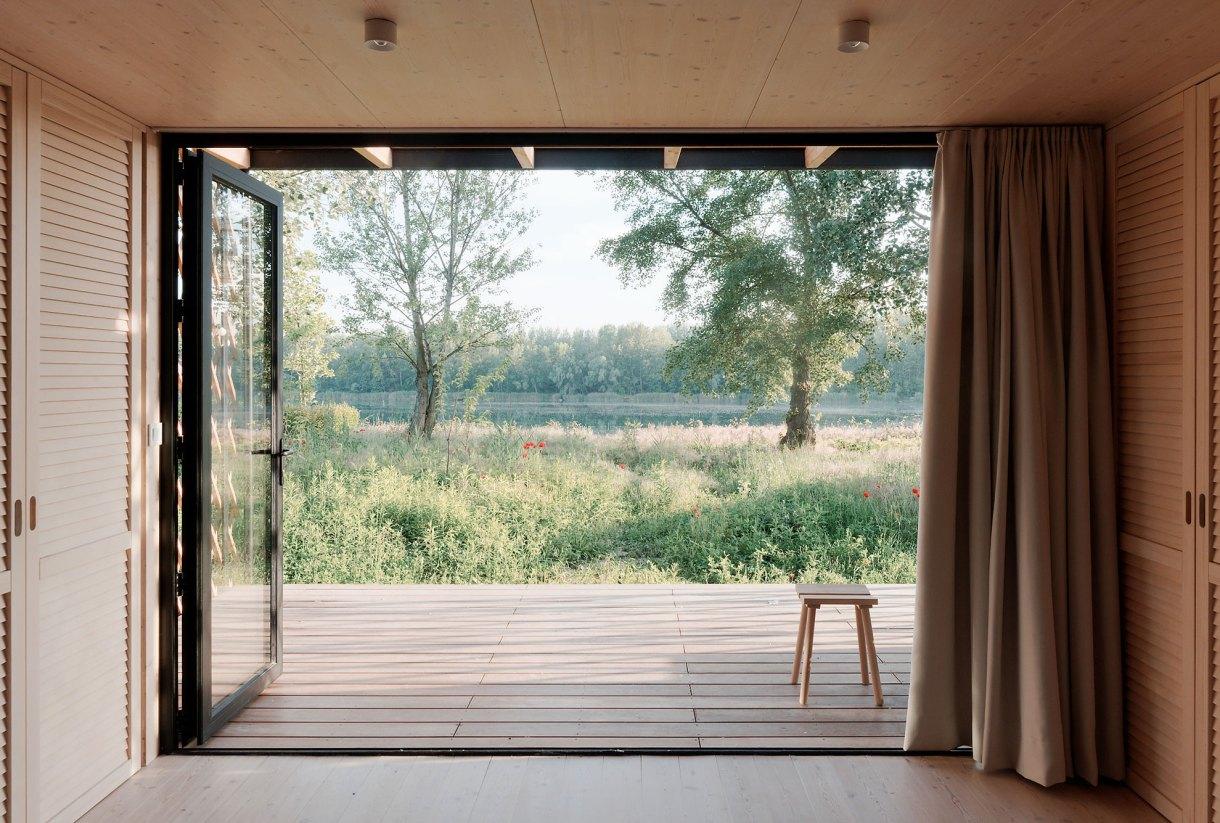 wooden-yurt-view